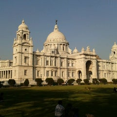Photo taken at Victoria Memorial by Ananya R. on 2/23/2013