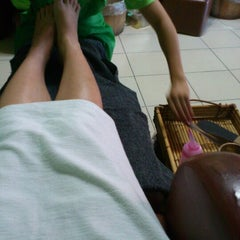 Photo taken at Elite Nails Hands and Foot Spa by Andrea Camille P. on 11/29/2012