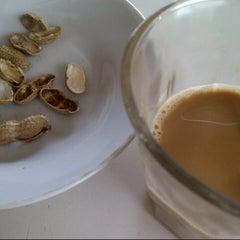 Photo taken at Black Coffee by Ifrayaski I. on 12/16/2012