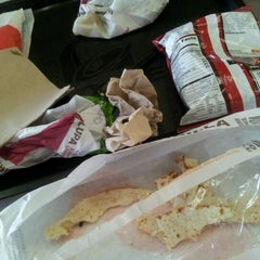 Photo taken at Taco Bell by Genieca I. on 10/14/2012