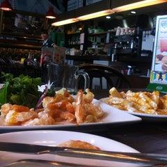 Photo taken at Kraze Burgers by Lu C. on 5/31/2013