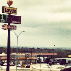 Photo taken at Love's Travel Stop by Loera's T. on 12/6/2012