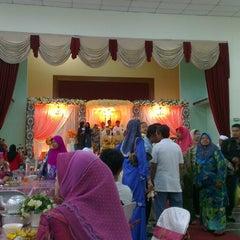 Photo taken at Dewan Jubli Perak by Izzuddin L. on 12/1/2013
