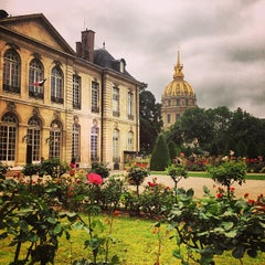 Photo taken at Musée Rodin by Elena H. on 7/3/2013
