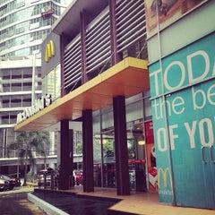 Photo taken at McDonald's by Randy E. on 2/23/2013