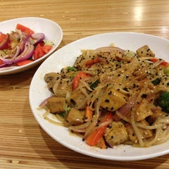 Photo taken at Noodles & Company by Dave P. on 11/13/2012