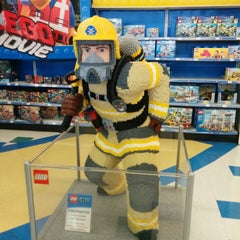 """Photo taken at Toys """"R"""" Us by Daniel on 3/8/2014"""