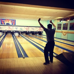 Photo taken at Shatto 39 Lanes by Sophia K. on 4/20/2013