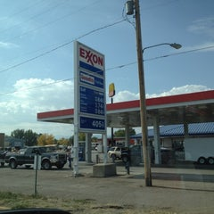 Photo taken at Moyle Petroleum by James D. on 9/29/2012