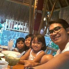Photo taken at Gubug Makan Segara Bambu by Harry P. on 9/27/2015