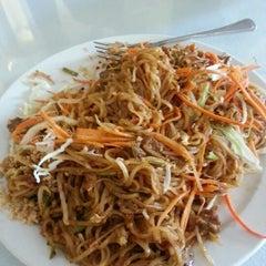 Photo taken at Esan Thai Restaurant by Alec H. on 9/25/2012