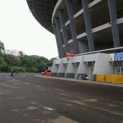 Photo taken at Kompleks Gelora Bung Karno by iiz A. on 3/8/2013