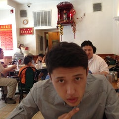 Photo taken at Wong Wong by Даниял on 8/13/2013