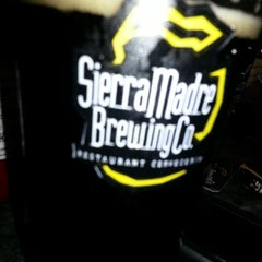 Photo taken at Sierra Madre Brewing Co. Pub by Fermin Á. on 10/29/2012