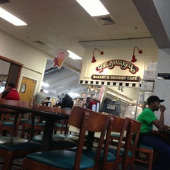 Photo taken at Golden Corral by Chris W. on 9/9/2013