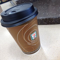 Photo taken at 7-Eleven by Melissa Q. on 4/23/2014