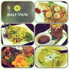 Photo taken at Bali Thai by Max D T. on 10/4/2013