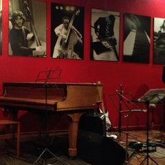Photo taken at Thelonious, Lugar de Jazz by Luis J. on 2/8/2013