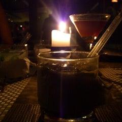 Photo taken at Lola Restaurante & Lounge by Raymond H. on 12/30/2012