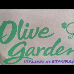 Photo taken at Olive Garden by Sheila K. on 10/6/2012