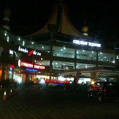 Photo taken at Rest Area KM 10 (Cibubur Square) by zean oedin A. on 9/21/2012