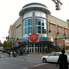 Photo taken at Regal Cinemas Majestic 20 & IMAX by Amelia S. on 11/10/2012