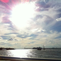 Photo taken at New York Water Taxi - Pier 11, Slip A by Suzana U. on 9/16/2012