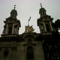 Photo taken at Cruce Beiro y Gral. Paz by Erika A. on 9/16/2012