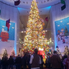 Photo taken at Museum of Science and Industry by Joe Z. on 12/29/2012