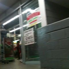 Photo taken at B.A VIA MORELOS BACH by Betito A. on 12/24/2012