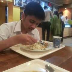 Photo taken at Boomers by Jami Mohammad K. on 3/23/2013