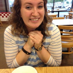 Photo taken at Five Guys by Sara on 8/8/2014