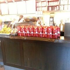 Photo taken at Starbucks by Greg B. on 12/23/2012
