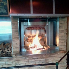 Photo taken at Grizzly's Wood-Fired Grill & Steaks by Woody i. on 11/6/2012