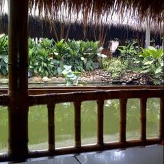 """Photo taken at Gubug Makan """"Mang Engking"""" by Wiwi W. on 10/8/2012"""
