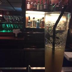 Photo taken at The Shamrock Irish Bar by Eyka Atiqah E. on 8/25/2015