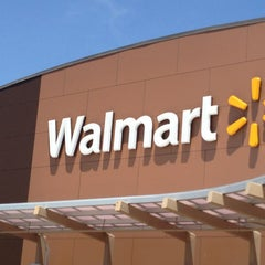 Photo taken at Walmart Supercenter by Randy C. on 5/31/2013