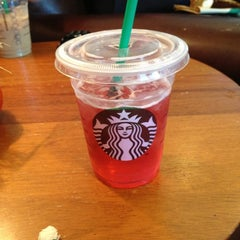 Photo taken at Starbucks by Wesley on 10/5/2012