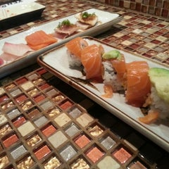 Photo taken at Yen Sushi Karaoke & Lounge by ricky w. on 11/27/2012