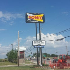 Photo taken at SONIC Drive In by Kevin B. on 7/20/2013