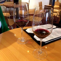 Photo taken at Cinnabar Wine Tasting Room by Stuart R. on 12/1/2014