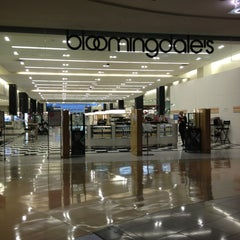 Photo taken at Bloomingdale's by Karine on 2/14/2013