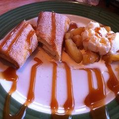 Photo taken at Applebee's by Gellica Grace A. on 4/17/2013