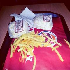 Photo taken at Burger King by anggeliani g. on 9/25/2012