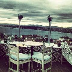 Photo taken at 5.Kat by Cigdem M. on 12/9/2012