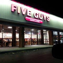 Photo taken at Five Guys by Kevin W. on 11/12/2012