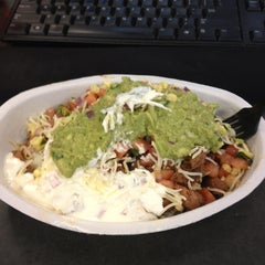 Photo taken at Chipotle Mexican Grill by Julia Z. on 1/31/2013