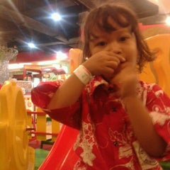 Photo taken at Matahari Department Store by Poetri A. on 12/3/2012