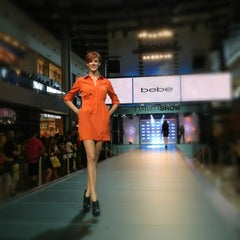Photo taken at Fashion Show Mall by Joe D. on 9/16/2012