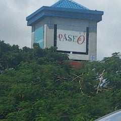 Photo taken at Paseo de Sta. Rosa by Nads T. on 11/10/2012